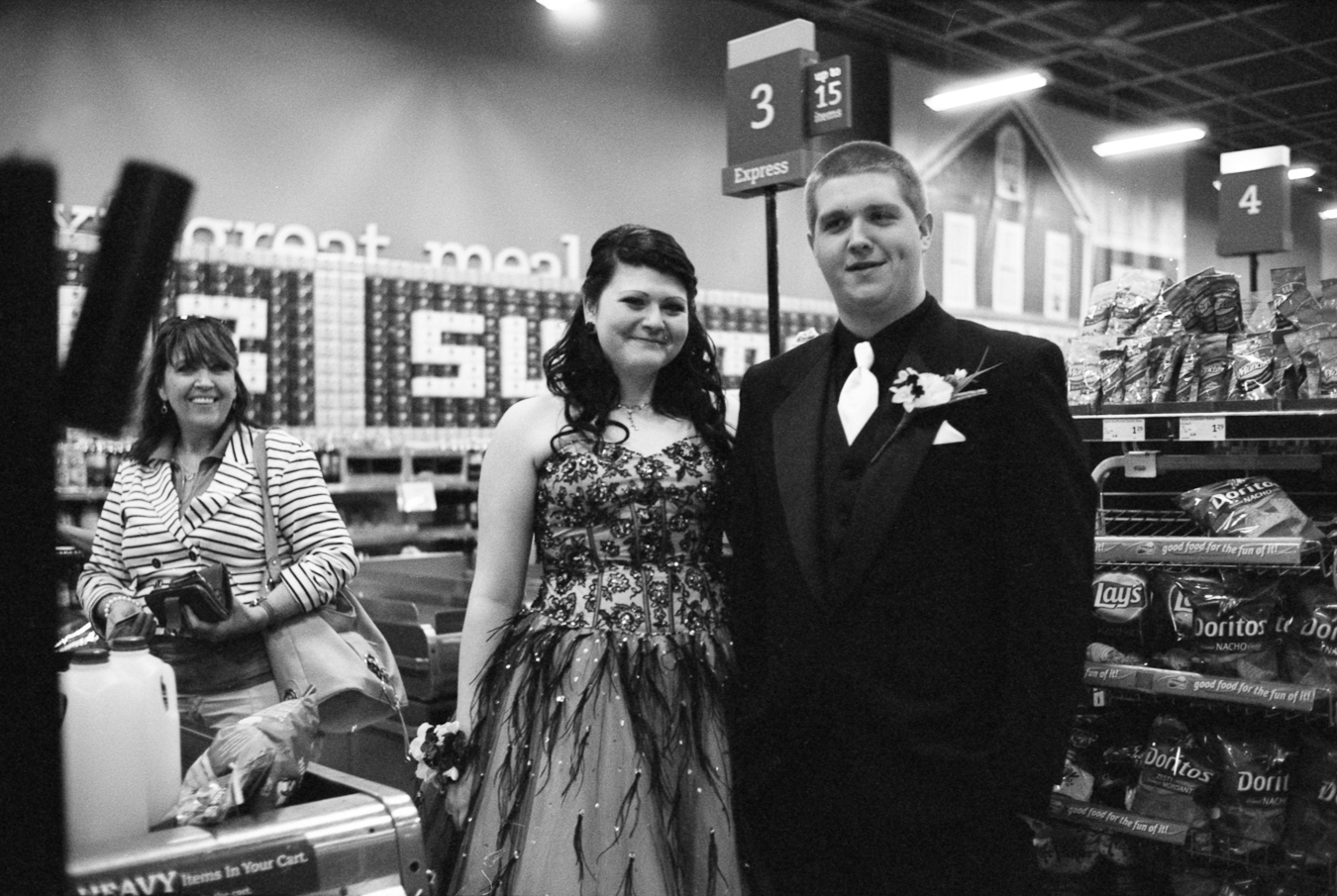 Express prom shot by //d. for ACityLikeOurs