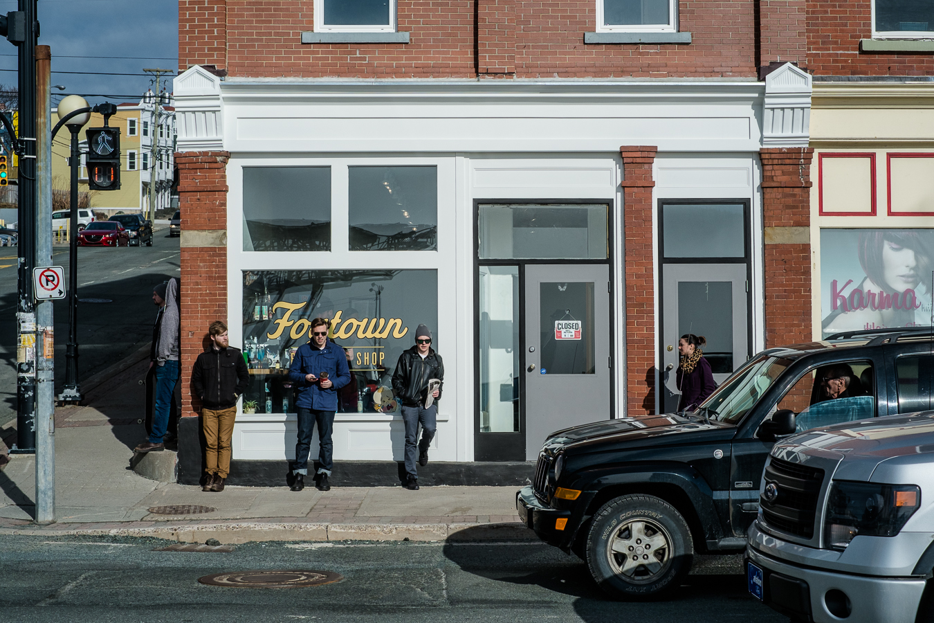A line to get into Fogtown On their opening day at the new location - Water Street at Prescott Street